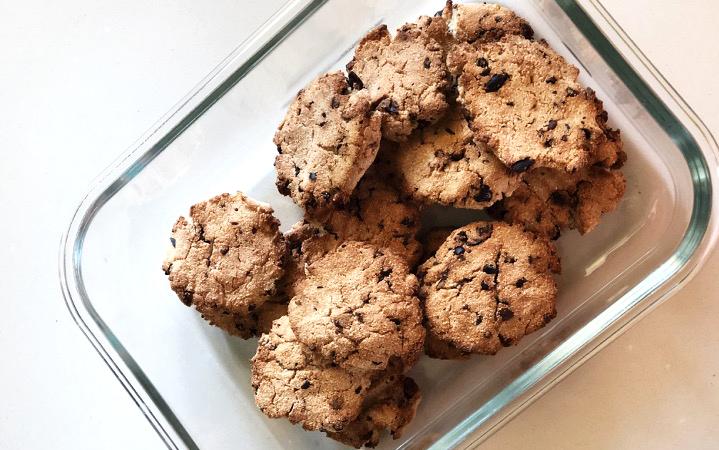 Cookies de coco e pepitas chocolate 2_normal