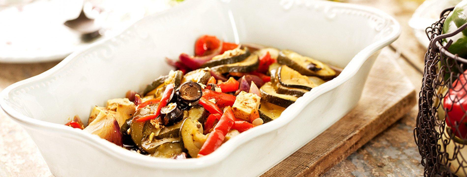 Legumes e Queijo Feta no Forno