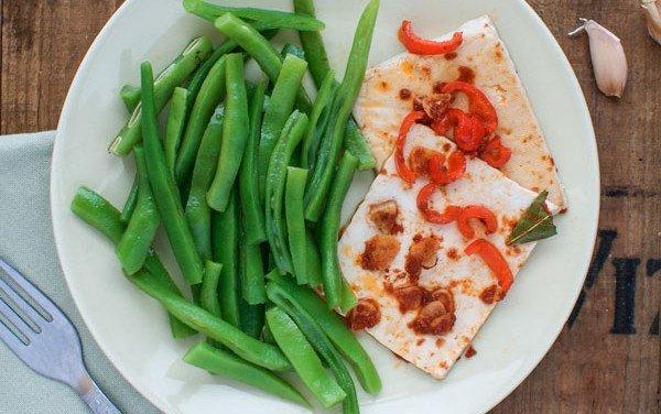 Bifana de Tofu com Feijão Verde Salteado