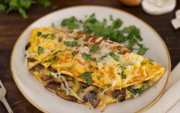 Omelete de Cebola e Cogumelos