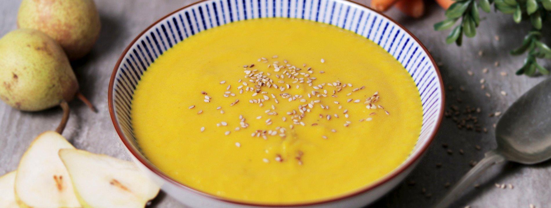 Sopa de Pêra e Açafrão