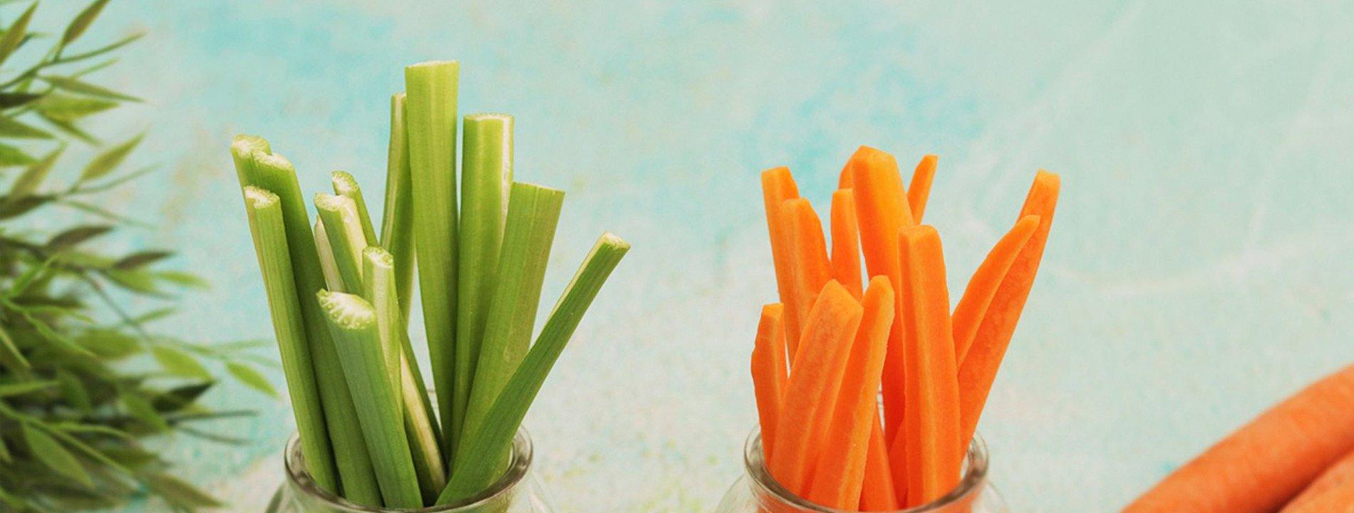 Mix Celery and Carrot Sticks