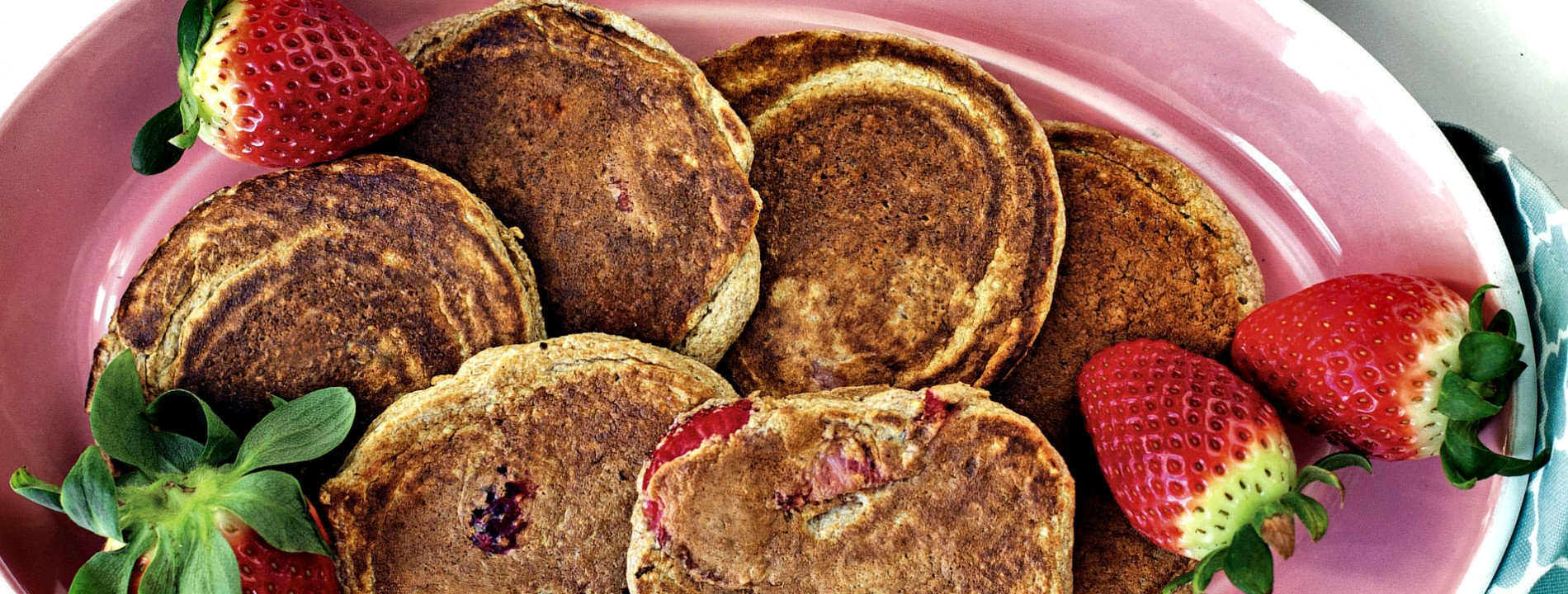 Mini Oat and Strawberry Pancakes